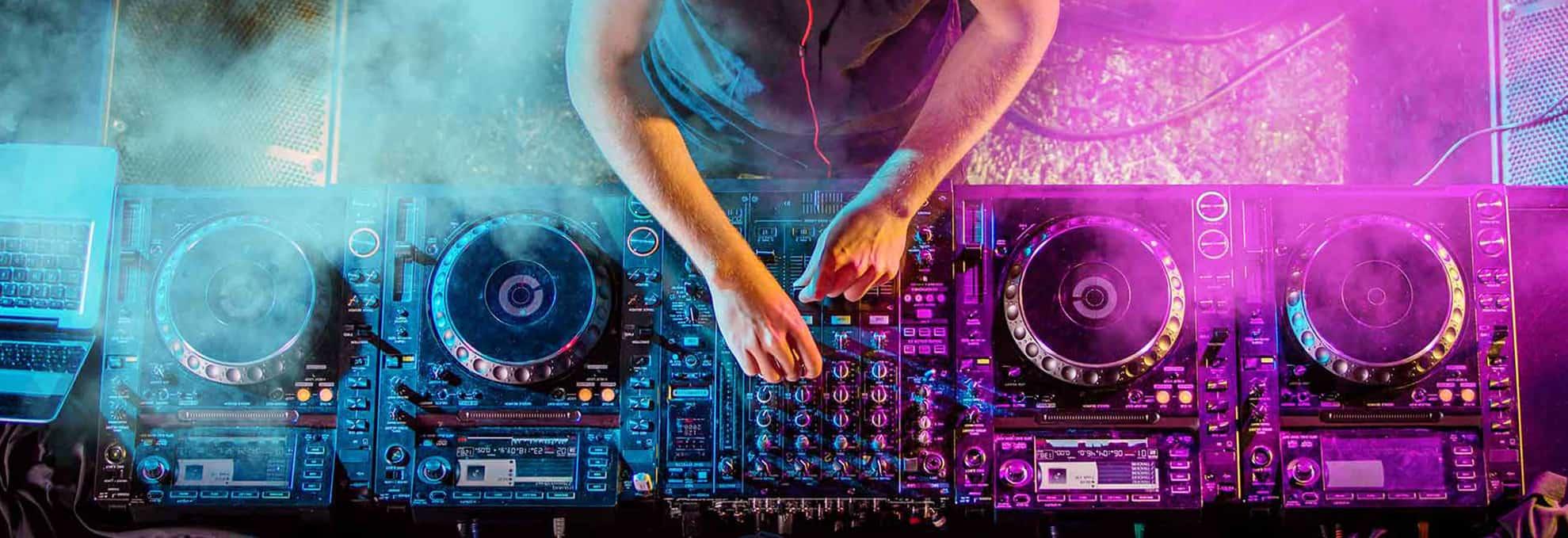 DJ si sonorizare completa